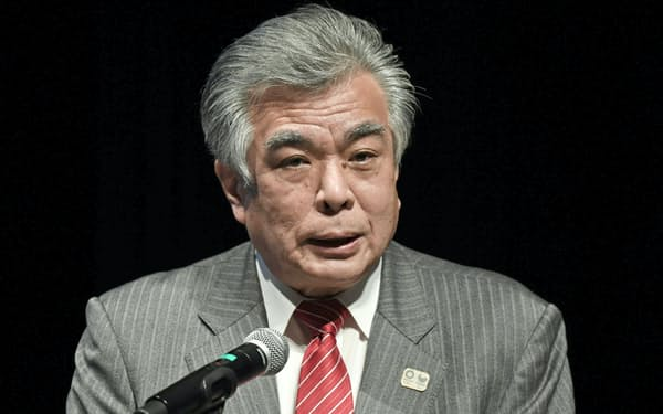 基調講演する組織委の布村幸彦副事務総長(19日、東京・大手町)