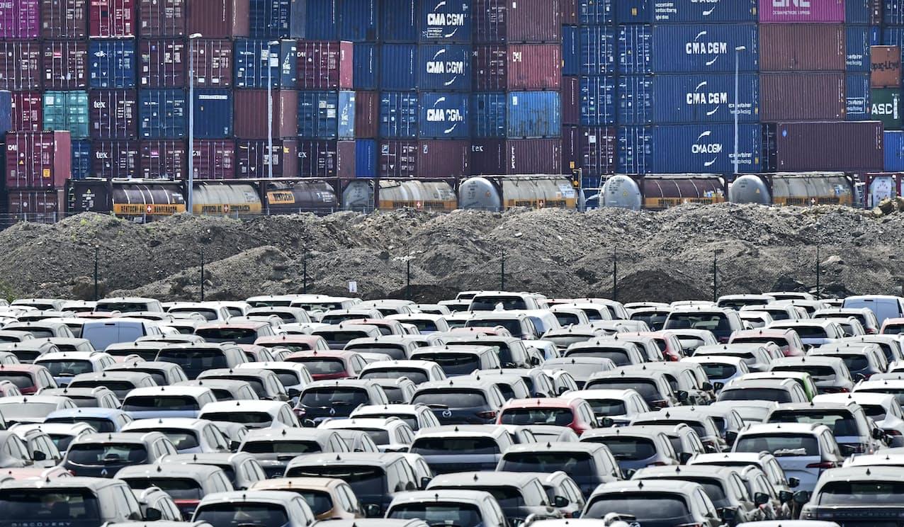 ドイツ経済の屋台骨である自動車生産も回復が進んだ=AP