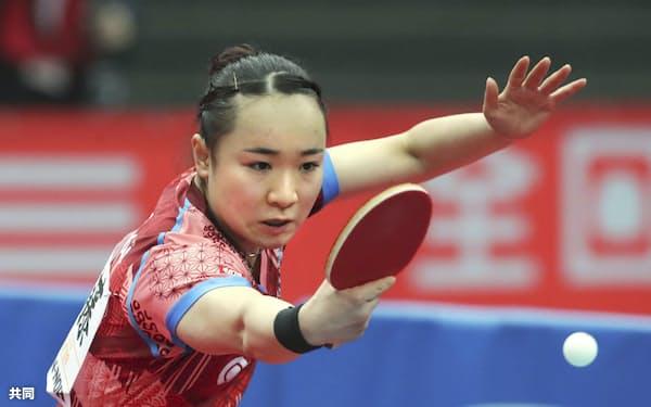 約4カ月ぶりに国際大会に出場する伊藤美誠は、試合を想定した練習で実戦感覚を磨いている=共同