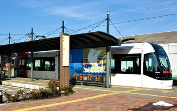 JR富山港線はLRT化したことで利用客が大幅に増加。赤字ローカル線再生のモデルケースとなった
