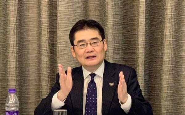 副社長に昇格する中国事業トップの本間哲朗氏