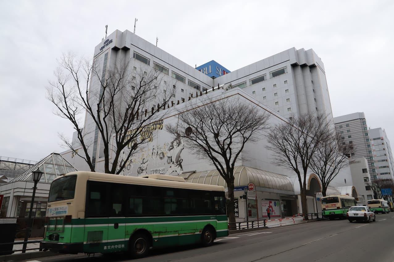 秋田ビューホテルは秋田駅前の好立地にある(秋田市)