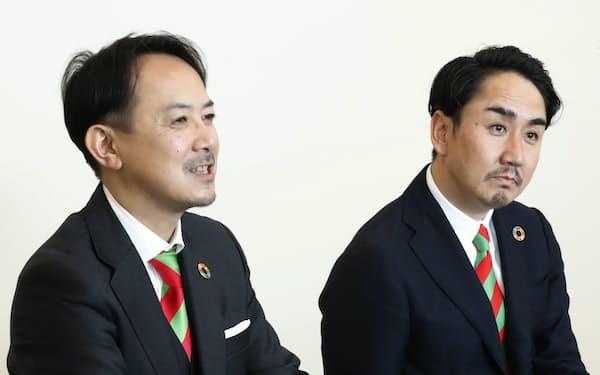 インタビューを受けるZHDの川辺健太郎㊧と出沢剛・両共同CEO(2日、東京都千代田区)