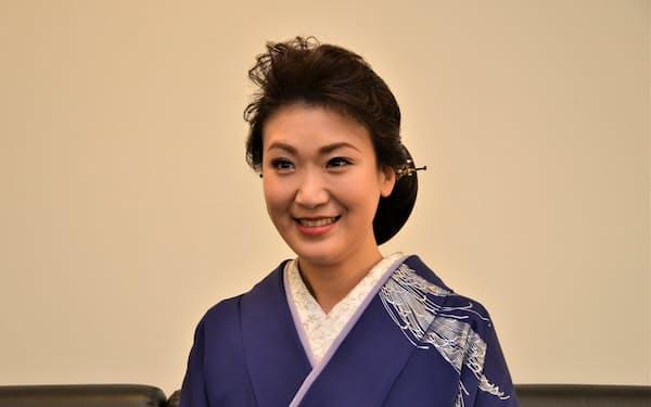 新曲「秘桜」は不倫愛を描く女歌