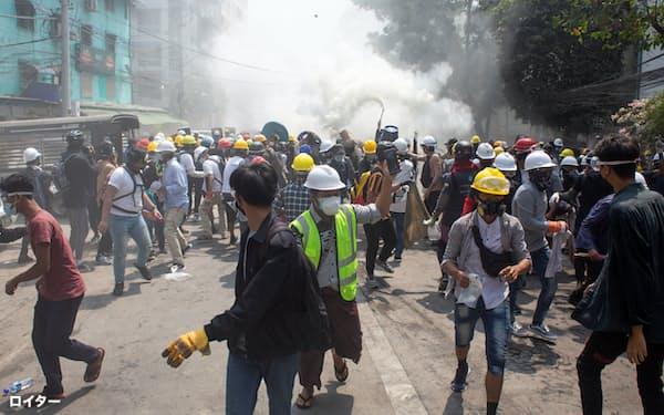 国連は3日のミャンマーのデモ参加者への発砲で38人が死亡したと明らかにした=ロイター
