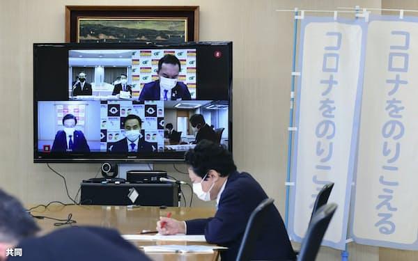 オンラインで開かれた全国知事会の新型コロナウイルス対策本部の会合=2月27日、東京都千代田区