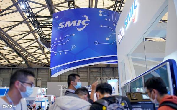 中国は半導体分野で、外国からの制裁に影響されない独自の供給網構築をめざしている(上海市)=ロイター
