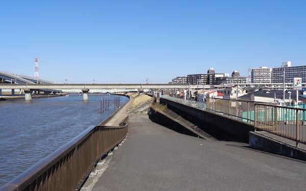 「ゼロメートル地帯」は川の水位よりも土地が低い(東京都江戸川区船堀)