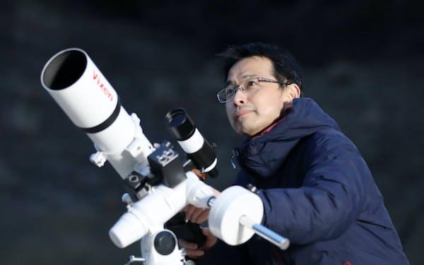 萩野さんは案内人として、星座の見つけ方や撮影法を伝授する