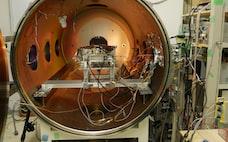 人工衛星を水で飛ばす ごみ削減、宇宙のSDGsに貢献