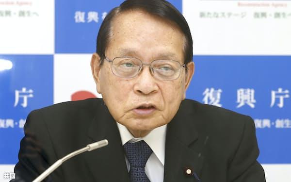 東日本大震災10年を機にインタビューに答える平沢復興相