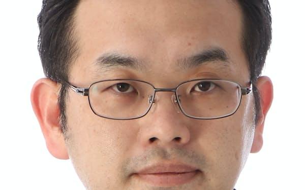 ゆうちょ銀会長に足立氏: 日本経済新聞
