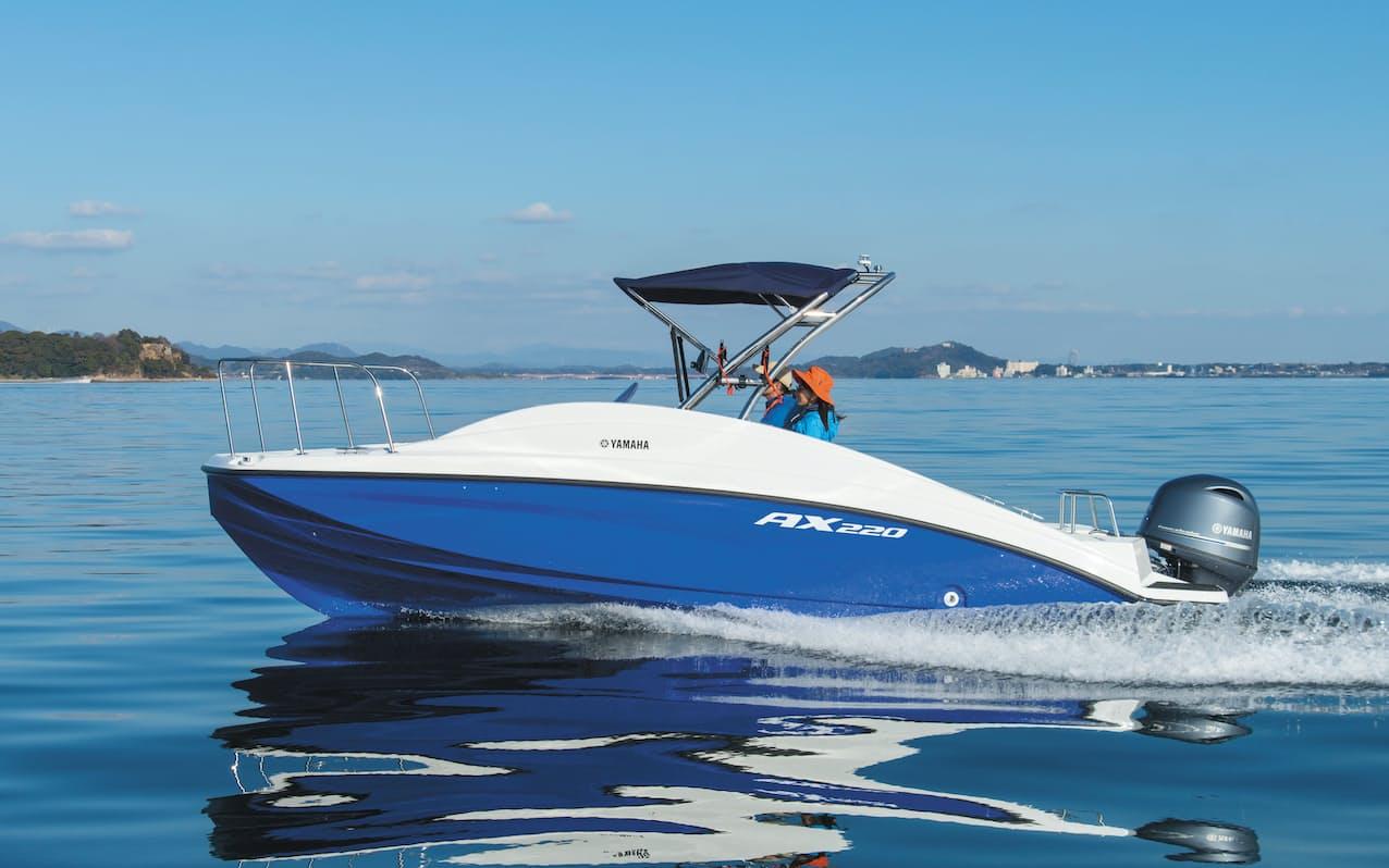 ヤマハ発の新型プレジャーボート「AX220」は初心者でも使いやすいのが売りだ