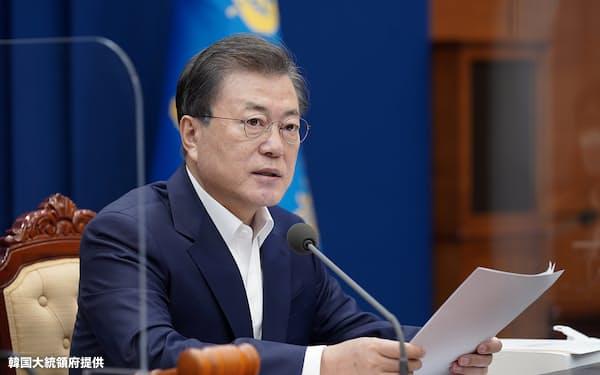 文在寅大統領は16日、LH問題で謝罪し「公職者の不動産腐敗を防ぐ」と語った