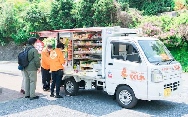 イトーヨーカ堂がとくし丸と組み、移動販売車を全国展開する