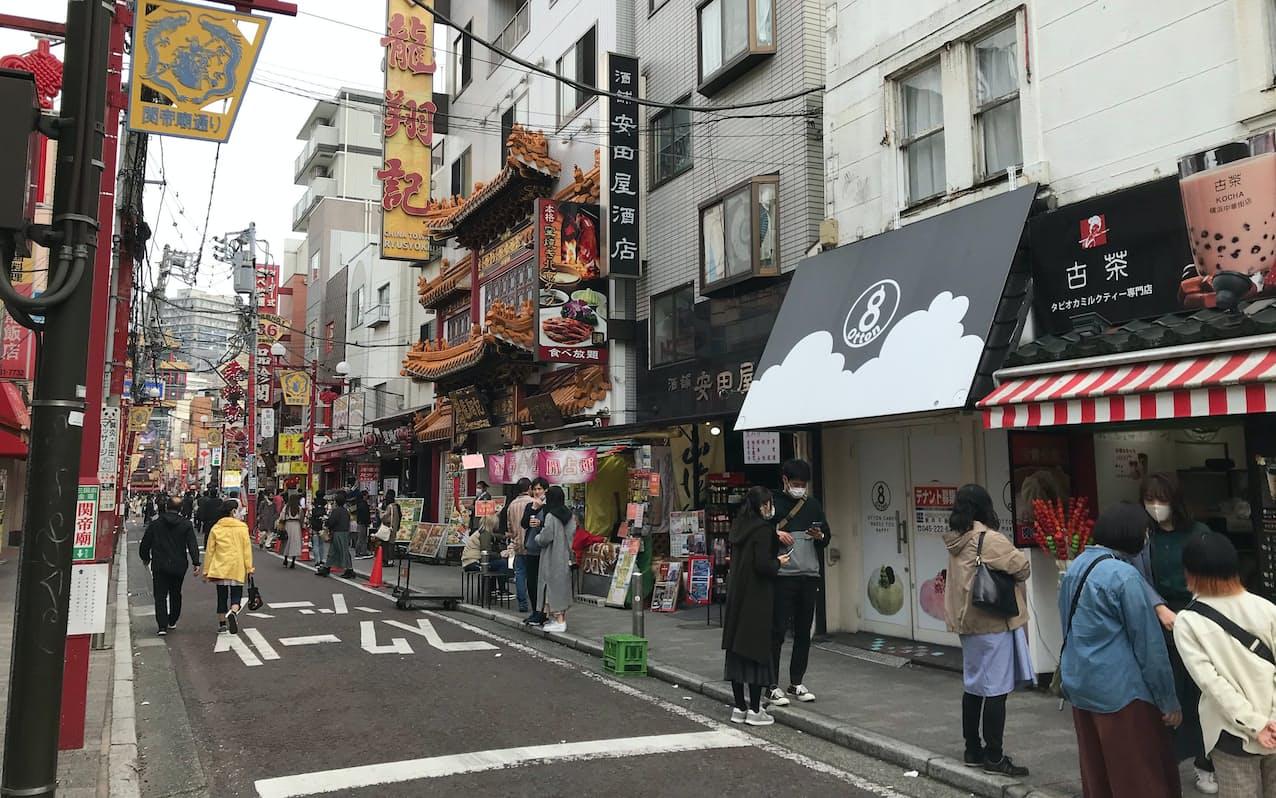 商業地では下落に転じた横浜中華街の中心部が下落率のトップとなった(20日、横浜市)
