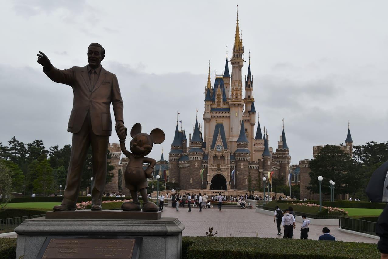 東京ディズニーリゾートは4月1日から18日まで営業時間を延長する