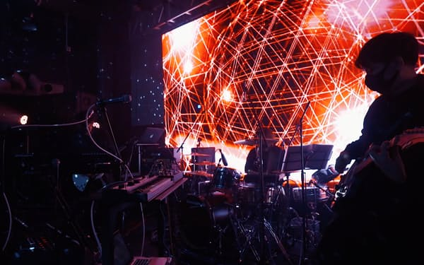 オンライン音楽フェス「ブロックフェスティバル」には延べ200万人以上が参加した