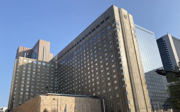 帝国ホテルは帝国ホテル東京(東京・千代田)の本館を建て替える