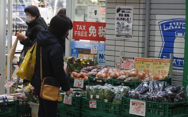 ローソン小倉魚町二丁目店は1月下旬以降、青果の売り上げが60倍に増えた(北九州市)
