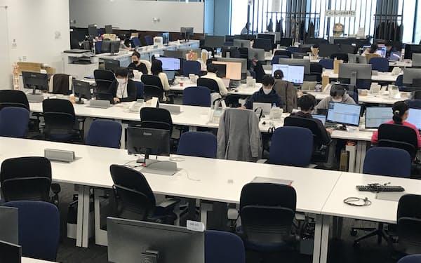 在宅勤務拡大で空席が目立つエイチームのオフィス