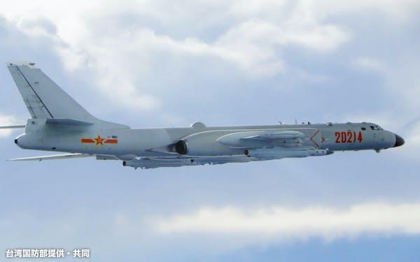 中国軍の戦闘機などが台湾のADIZに侵入した(写真は20年9月、台湾のADIZに入った中国の軍用機)=台湾国防部提供・共同