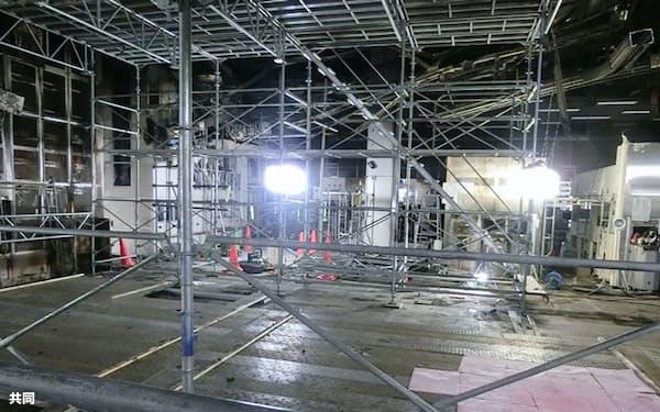 火災が起きたルネサスエレクトロニクスの那珂工場内部=30日、茨城県ひたちなか市