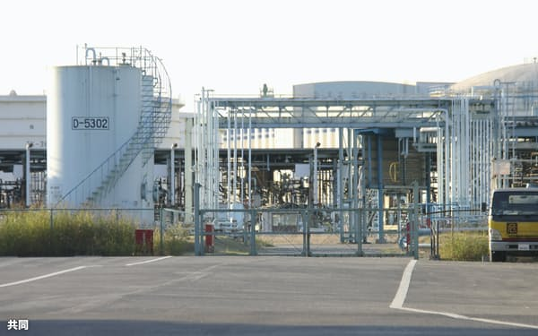 ENEOSの知多製造所(愛知県知多市)