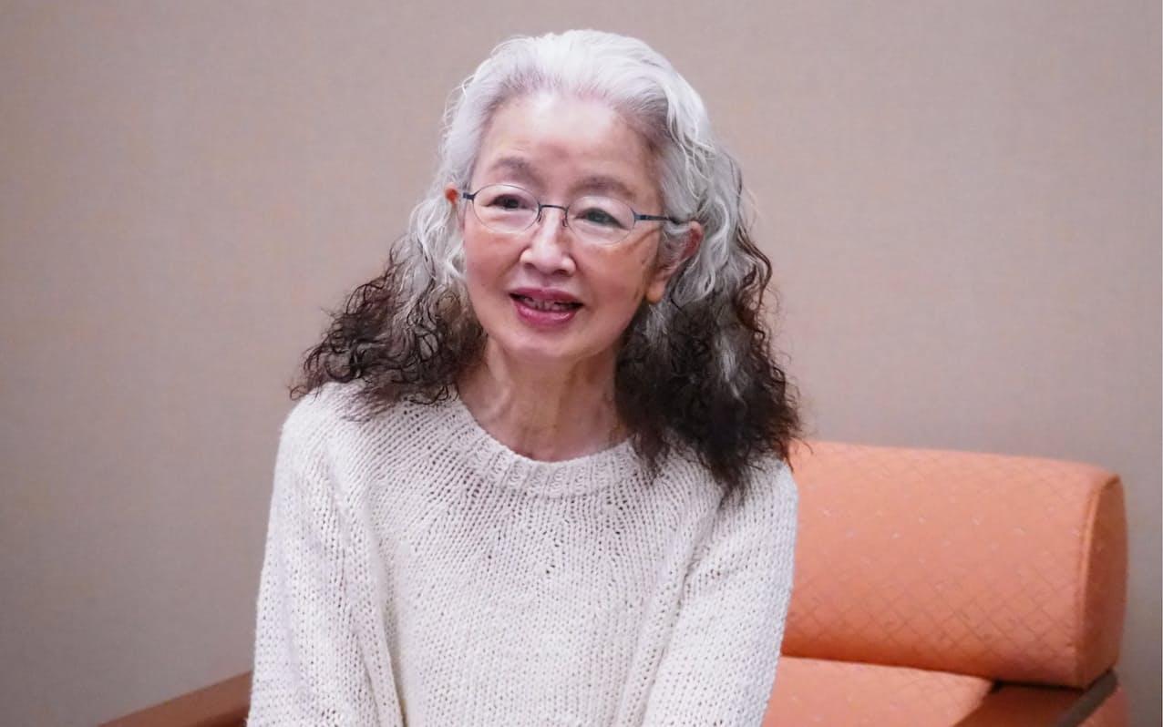 「日本の新劇の歴史の中で大事な作品」と語る日色