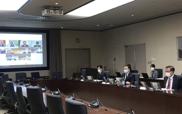 経産省はサイバー攻撃への対応で専門人材を派遣すると有識者会議で提案した(2日、経産省)