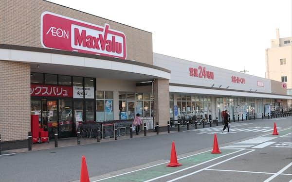 イオン系列のスーパー、マックスバリュは福井県内に初進出する(写真は金沢市の増泉店)