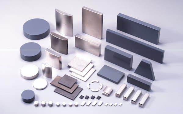 日立金属は特殊鋼に加えて磁石や電線など幅広い事業を手がけ、多くの製品で高いシェアを持つ