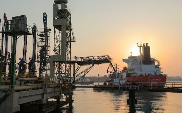 燃料アンモニアの輸入には港湾整備が必要になる(サウジアラビアの港)