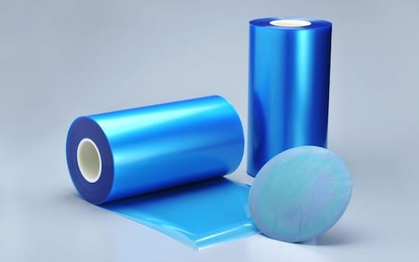 三井化学が台湾で増産する半導体製造工程用テープ