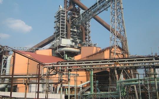 日鉄は高炉の生産能力を電炉で補う(休止を決めた東日本製鉄所鹿島地区第3高炉)