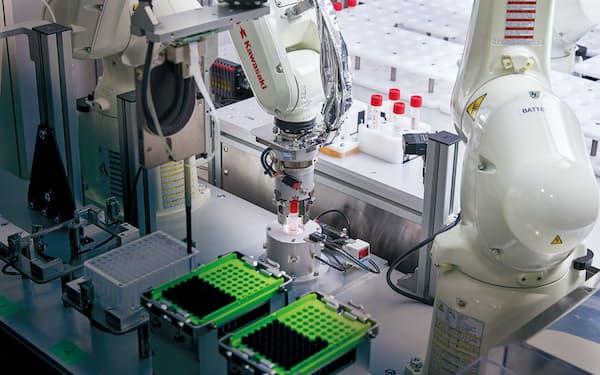 新型コロナウイルスのPCR検査をロボットが全自動でこなす