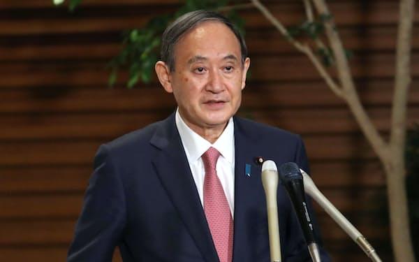 菅首相(9日、首相官邸)