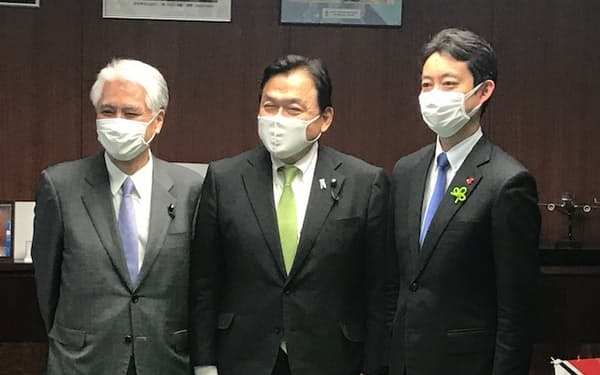 千葉県の熊谷俊人知事は赤羽一嘉国交相と面会した(13日、国土交通省)