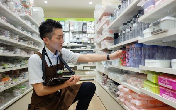 発注を自動化することでスタッフは店づくりに注力できる(大阪市の天王寺ミオ店)