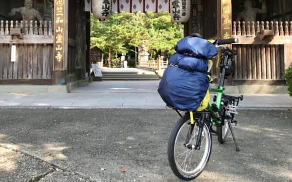 旅行会社「四国遍路」などは、88の札所を自転車で巡る実証実験をした
