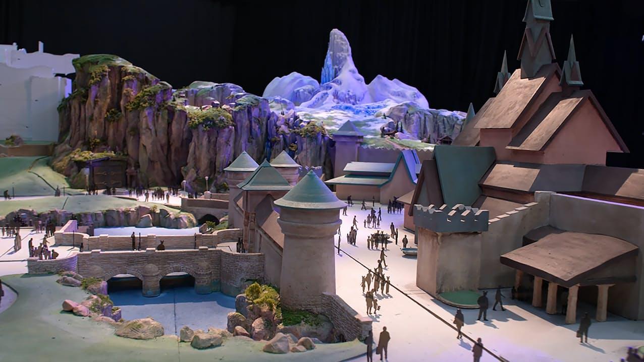 新エリアでは「アナと雪の女王」をテーマにしたアトラクションなどを展開する(イメージ)