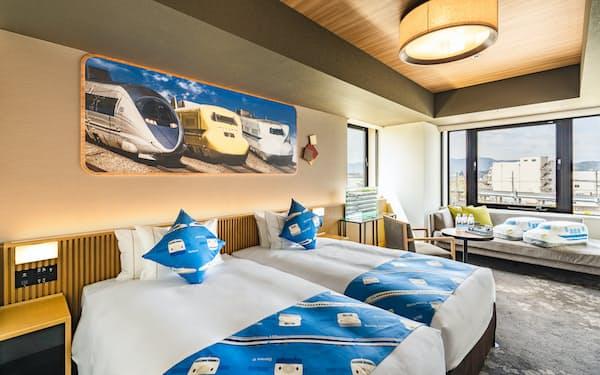 「ザロイヤルパークホテル京都梅小路」は鉄道ファンの子ども連れの家族を想定して専用の部屋を準備した