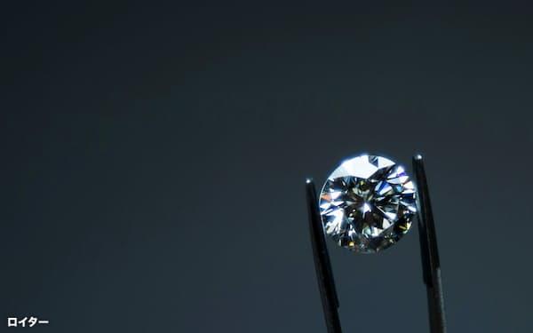 ダイヤモンドは国際基準に沿った鑑定書が流通に不可欠とされる=ロイター
