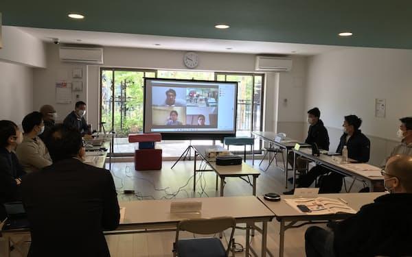 現実の会場とオンラインを併用するザ・パークハウス東戸塚レジデンスの理事会(横浜市)