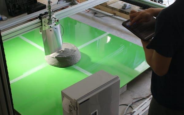 ポリウスは建築部材を造る3Dプリンターを開発中だ