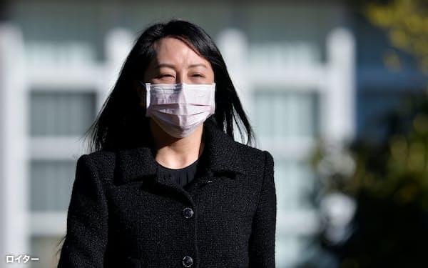 華為技術(ファーウェイ)の孟晩舟副会長の弁護団は引き渡しの根拠を覆す新たな証拠があるとして審理延期を要求した=ロイター