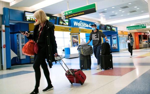 米政府は海外の「渡航中止」勧告先を大幅に増やした(ニューヨークのJFK国際空港)=ロイター