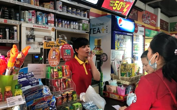 SKグループが出資したビンコマースはベトナム全土でコンビニやスーパーを展開する(ハノイ市)