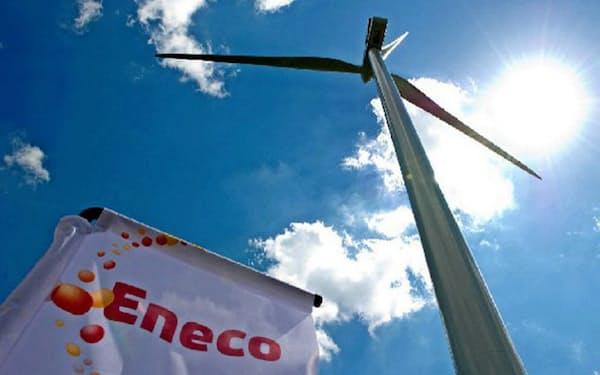 三菱商事は子会社のエネコを通じ、アマゾンの欧州施設向けに再エネ電力を供給する