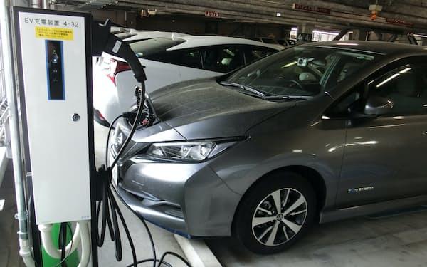 使用のピークを分散し、電気代を抑える(22日、広島市)